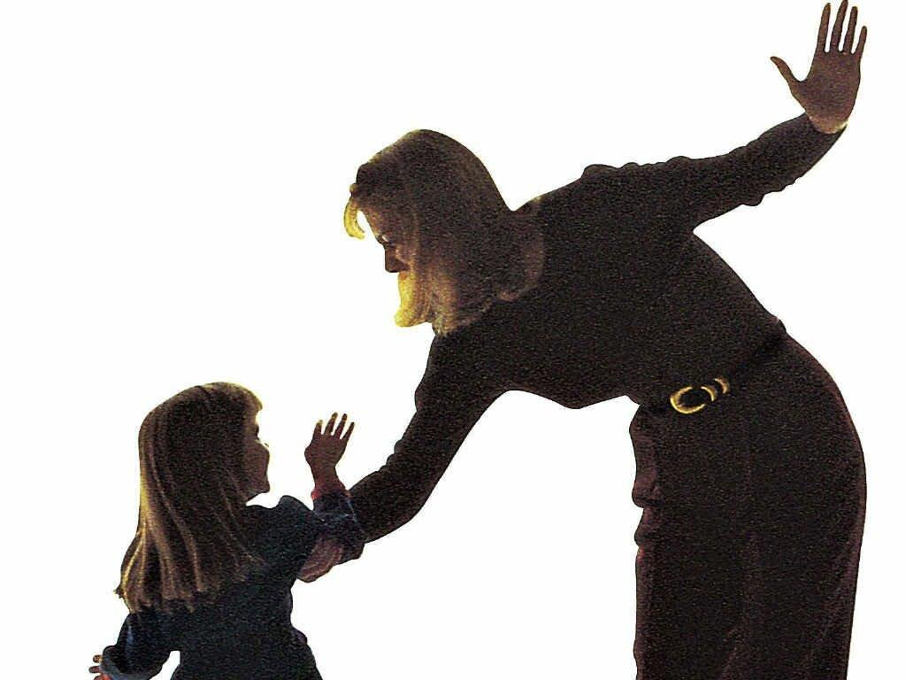 Бить или не бить: знаменитости, которых родители воспитывали ремнем