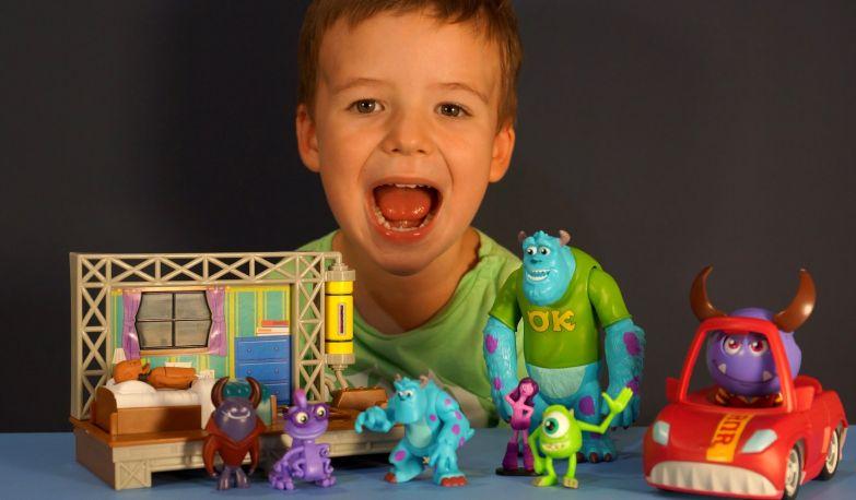 Топ-10 самых опасных вещей для детей - игрушки, лекарства, одежда, бытовая химия и продукты питания