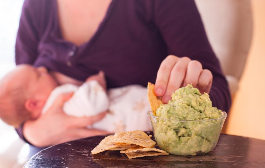Можно ли маме есть шашлык при грудном вскармливании малыша | fok-zdorovie.ru