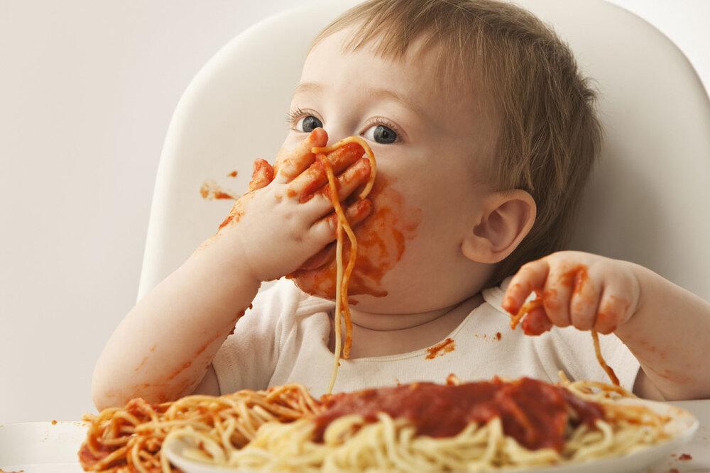 Еда и прикорм под мультики: да или нет?