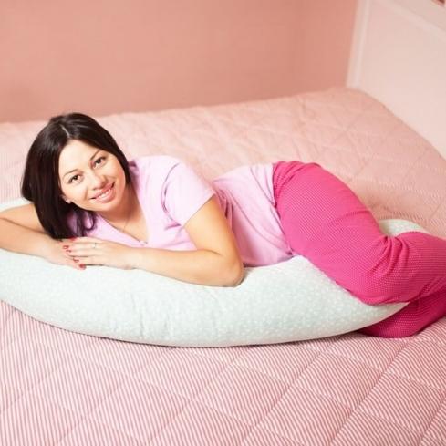 Подушка для беременных: формы, советы по выбору | подушки | mattrasik.ru