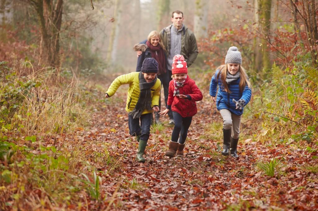 Чем заняться весной с детьми: игры, поделки, веселые занятия