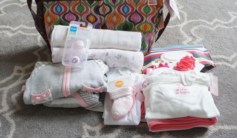 Когда покупать вещи для новорожденного - мы расскажем обо всем