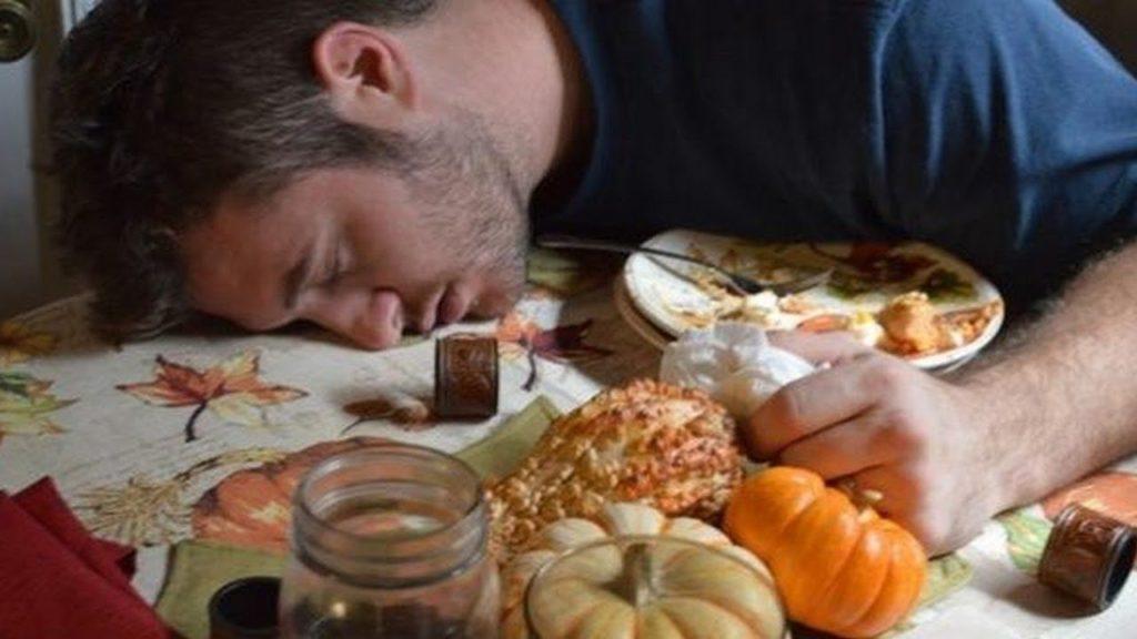Тошнота: почему может тошнить целый день или несколько дней подряд. тошнота по ночам. частые приступы тошноты.