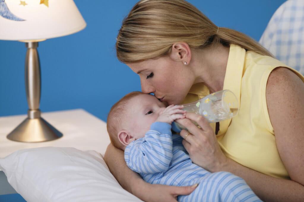Чем лечить простуду при грудном вскармливании у мамы