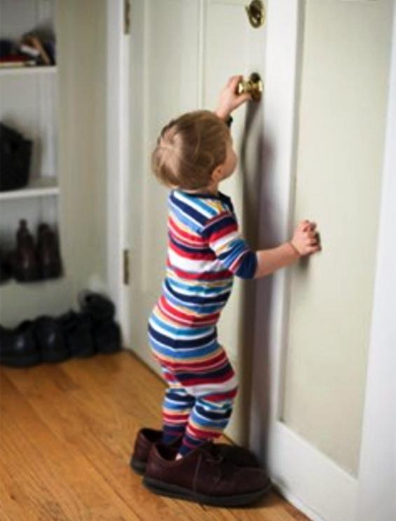 Что делать если ребенок боится спать один