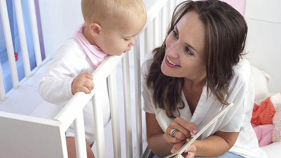 Как научить ребенка уважать старших: советы для родителей