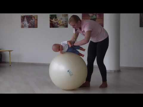 Фитбол для грудничков: 13 самых эффективных упражнений