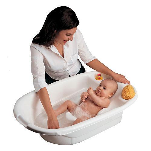 Советы для молодой мамы: как правильно держать новорожденного ребенка