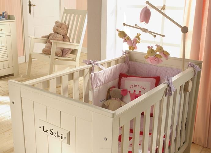 Как выбрать кроватку для новорожденного: результаты премии «выбор мам 2017»