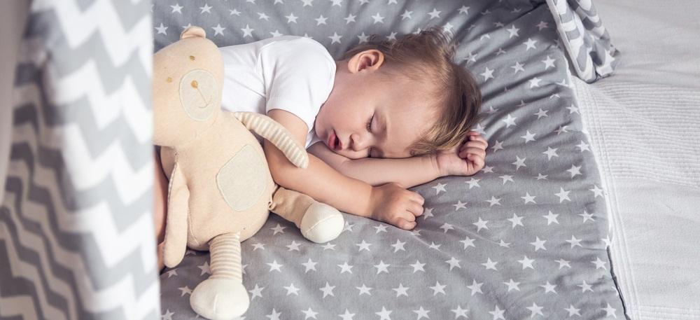 Раннее укладывание ребенка — как ребенка уложить пораньше спать?