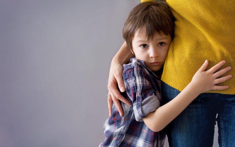 Застенчивый малыш: как помочь ребенку преодолеть стеснение?