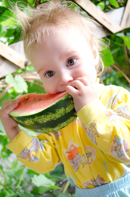 Можно ли давать годовалому ребенку арбуз. арбуз детям: польза и вред, суточная и возрастная нормы. какие меры следует предпринять