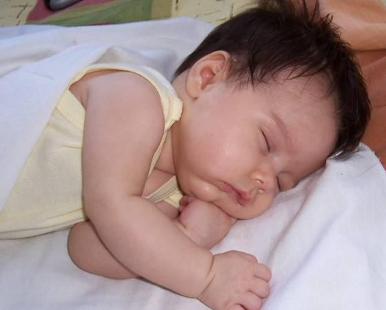 Повышенное слюноотделение у ребенка: способы лечения гиперсаливации