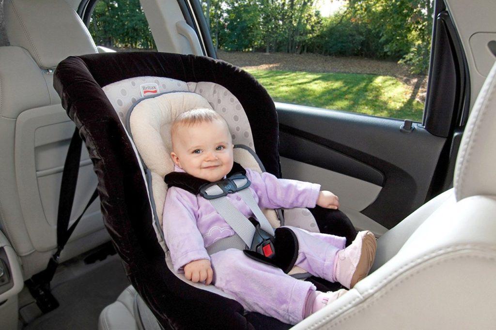 Как перевозить новорожденного в машине по правилам