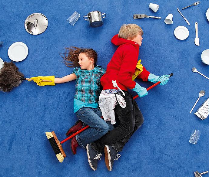 Взрослым на заметку: что никогда нельзя делать при ребенке