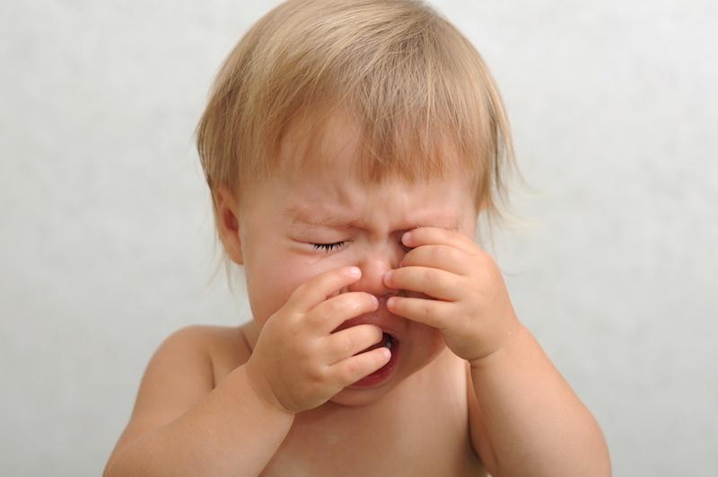 Что делать, если ребенок постоянно ноет и хнычет по каждому поводу?
