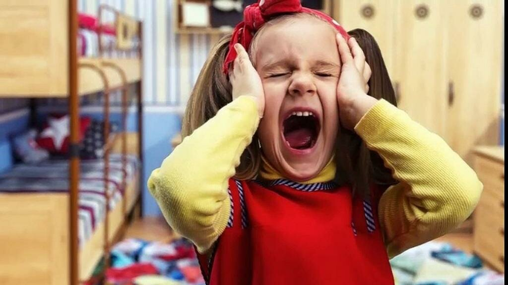 Как отучить ребенка от истерик, учитывая его возраст
