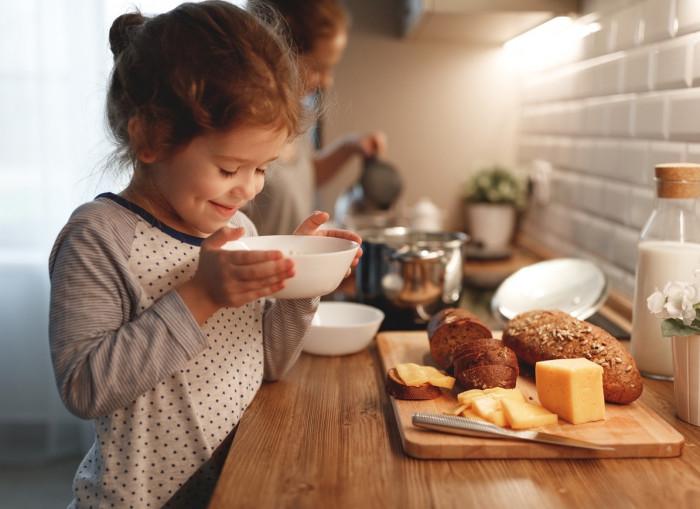 7 вещей, которые дети никогда не прощают своим родителям: новости, советы, психология, дети, родители, семья, подростки, школьники, полезные советы