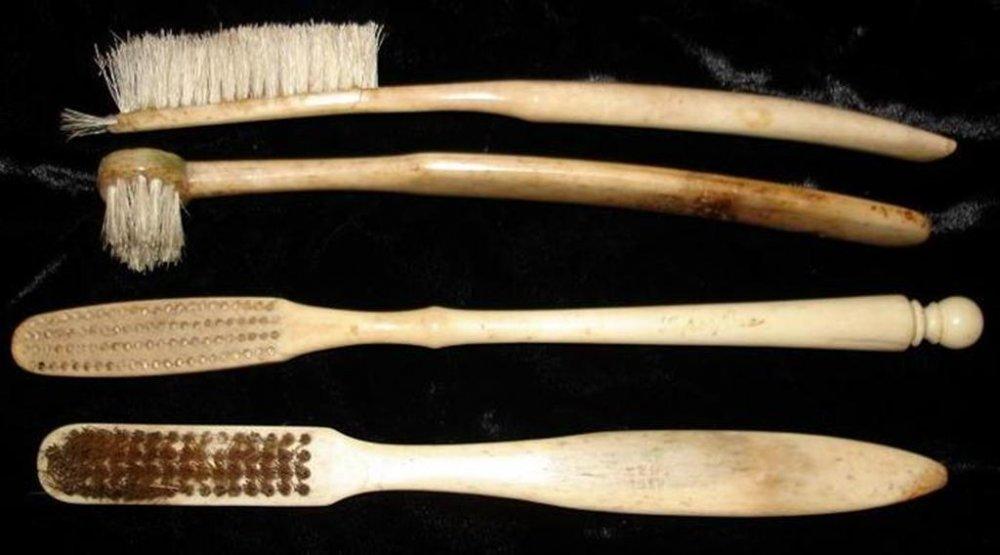 Детская зубная щетка: принципы и критерии выбора зубных щеток для детей