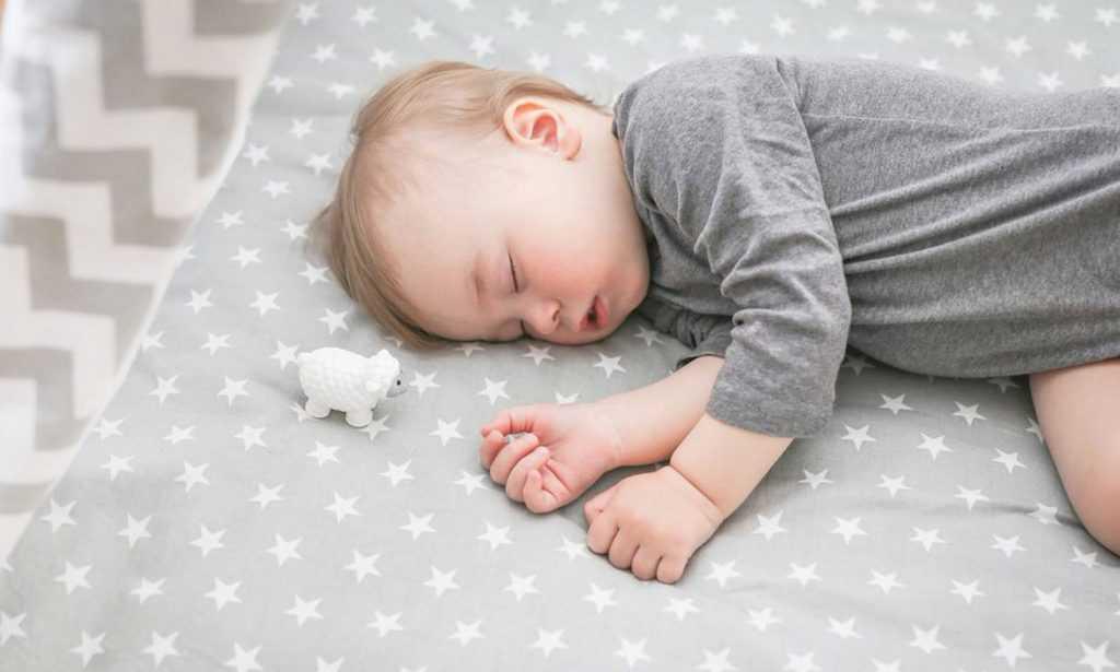 Как уложить ребенка спать - причины, диагностика и лечение