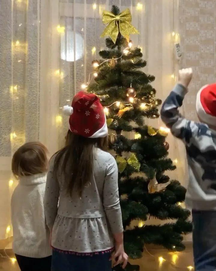 Идеи для новогоднего декорирования детской комнаты