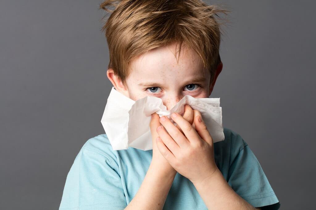 Чем лечить аллергический ринит у детей до года