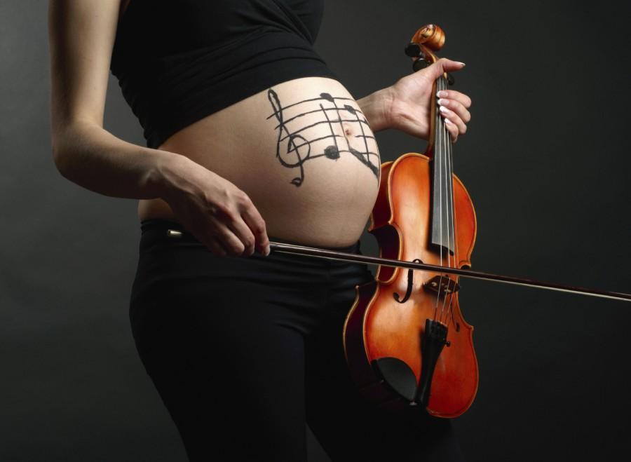 Музыка для беременных: обязательно ли слушать классику?