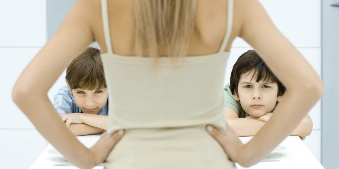 Что нельзя делать при ребенке?