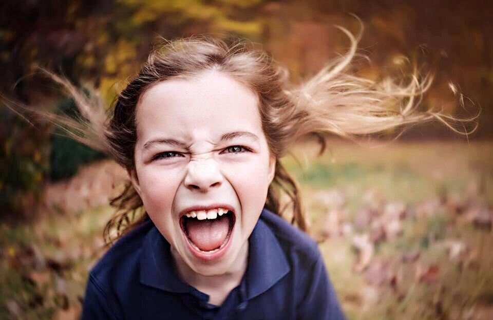 """Почему ребенок говорит """"я тебя ненавижу!"""" и реакция родителей на это"""