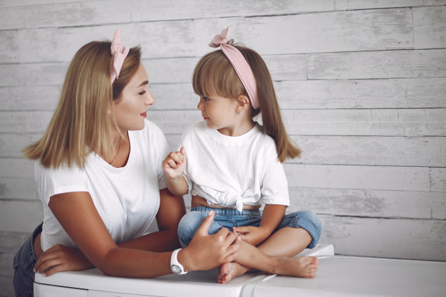 Как научить ребенка говорить - лучшие способы и игры