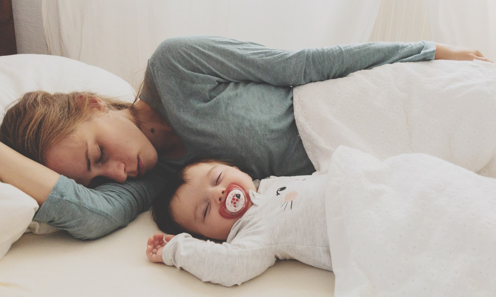 Совместный сон с ребёнком за и против