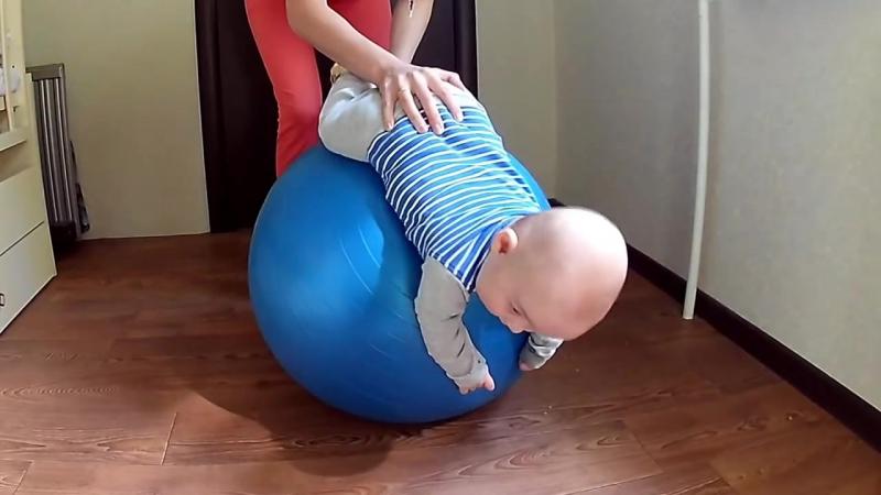 Польза фитбола для грудничков, критерии выбора, особенности тренировки