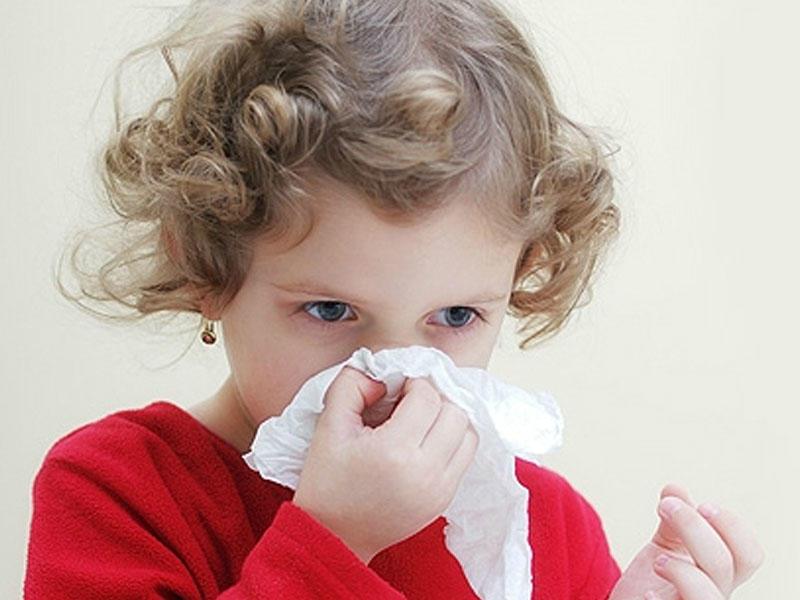 Кровь из носа: причины и какому врачу обратиться