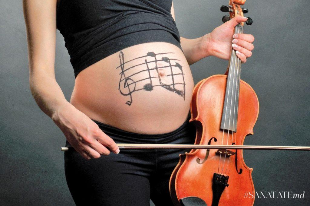 Звуки музыки: что слушать во время беременности?