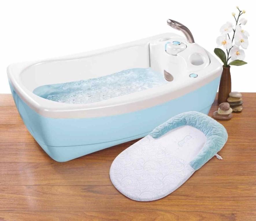 Как правильно купать новорожденного ребенка: первое купание, 10 важных правил, отзывы о средствах для купания, видео