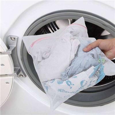 Советы молодым мамам: как стирать вещи новорожденных младенцев