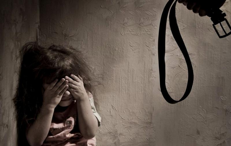 Про людей. история девушки, которую избивали родители