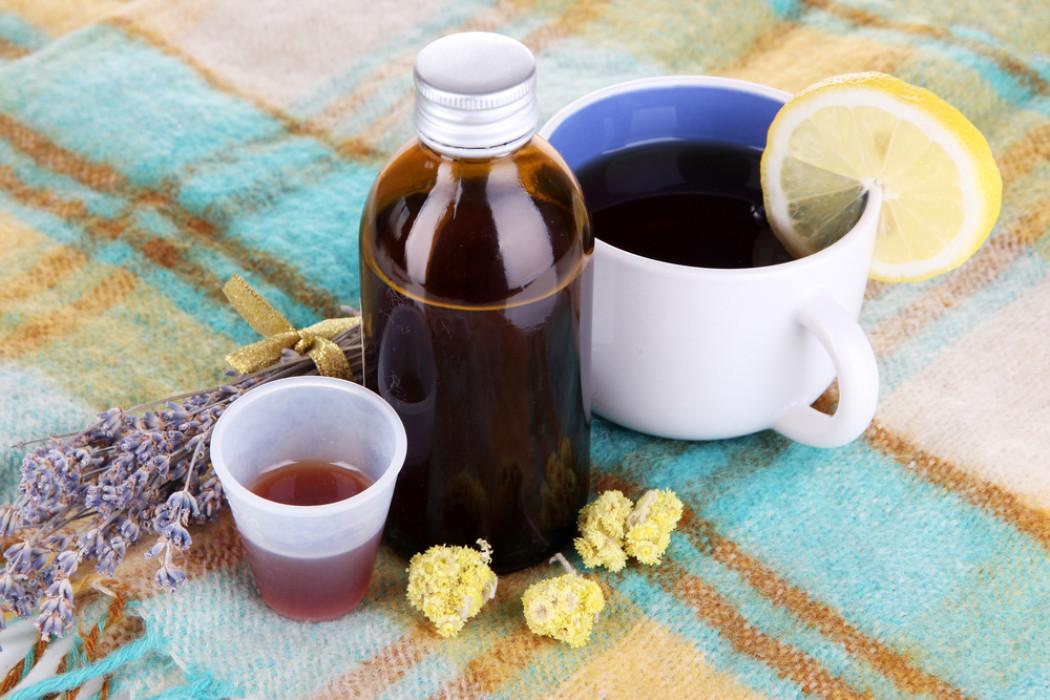 Как лечить от кашля грудничка народными средствами
