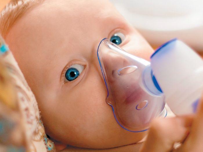 Помощи при острыом стенозирующем ларинготрахеите у ребенка