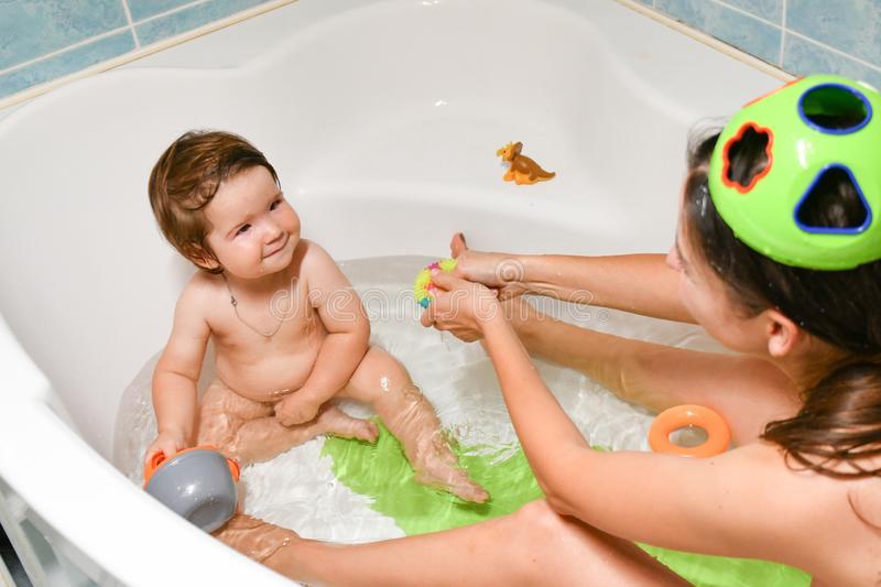 Как вырастить здорового и счастливого ребенка: советы педиатра молодым родителям