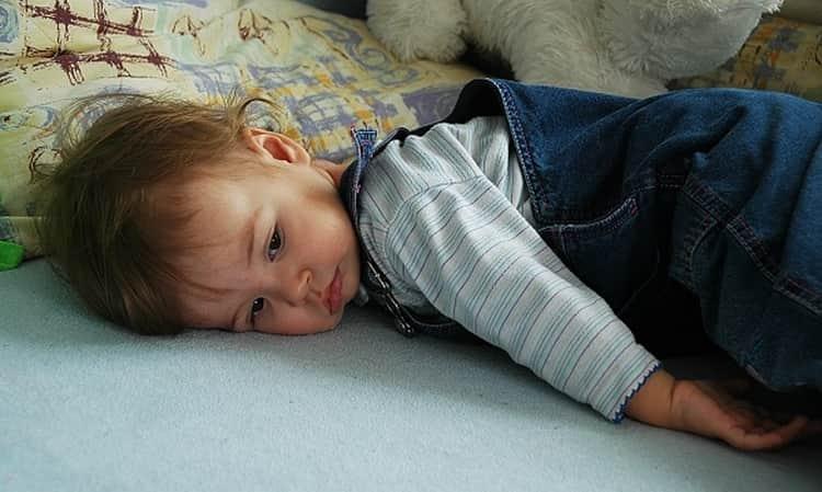 7 пугающих, но совершенно нормальных симптомов у ребенка