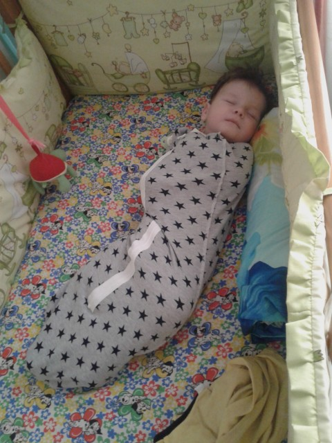 Как быстро отучить ребенка от пеленания на ночь: 6 способов приучить малыша спать без пеленки
