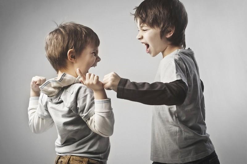 10 лучших игр для преодоления детской агрессии