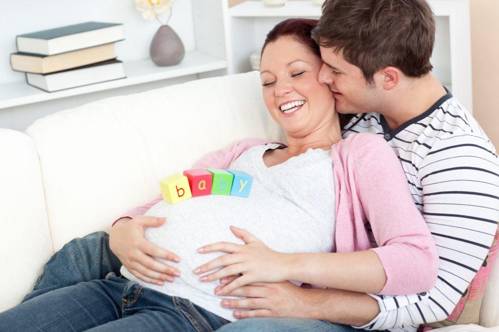 Как общаться с малышом во время беременности  специалисты центра «журавушка» выступили на родительских собраниях | «областной центр социальной помощи семье и детям «журавушка»