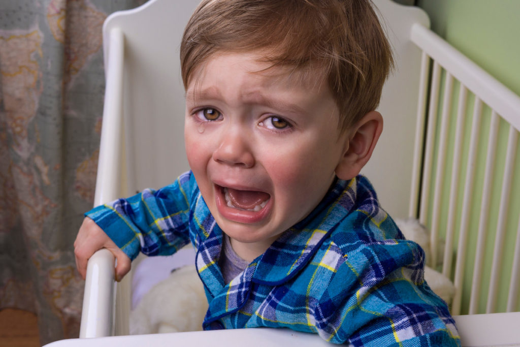 Что делать, если у ребенка болят ноги?
