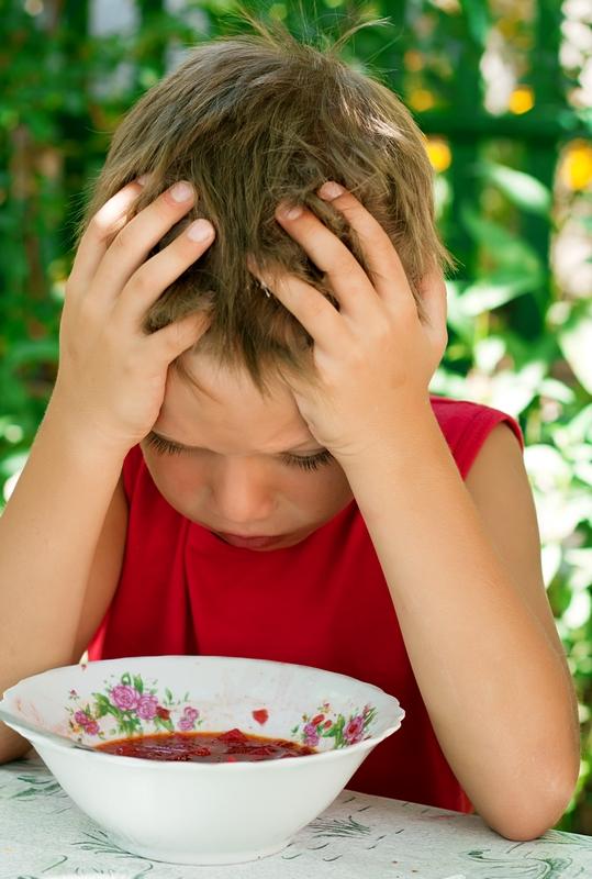 Ребенок отказывается кушать суп: что делать