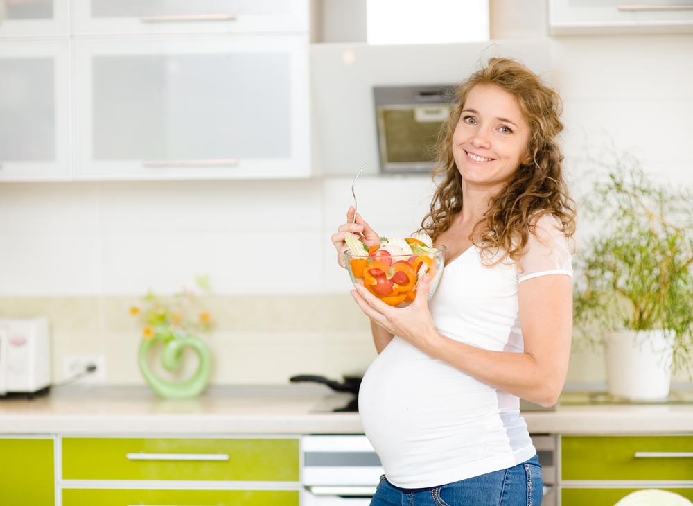 Врач рассказала, как развивается малыш и чувствует себя мама на 8 неделе беременности