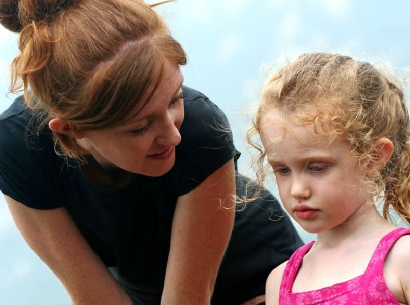 Как помочь чрезмерно застенчивому ребенку