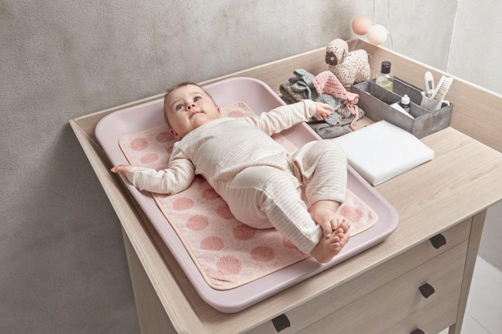 Пеленальный столик своими руками: какие требования к мебели для новорожденных, из чего и как делать, где найти чертежи и как обеспечить безопасность